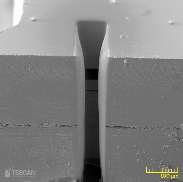 Deep trench milled in a MEMS with plasma FIB